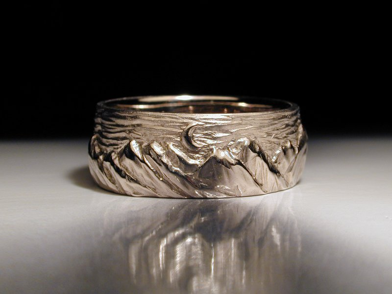 Unique Wedding Rings. Unique Mens Wedding Ring Carved