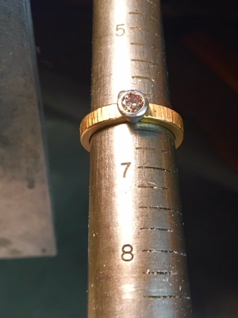 A very simple wedding ring